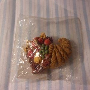 Hallmark Plastic Autumn Cornucopia Pin
